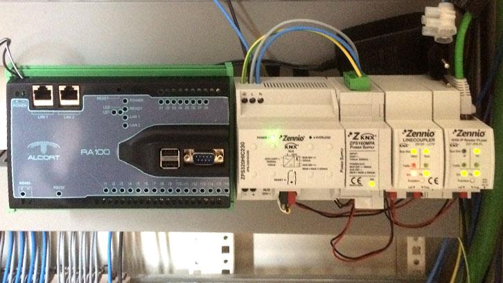 Imagen de una plataforma multifunción instalada